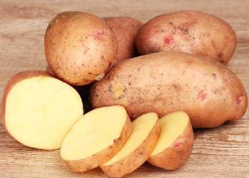 Khoai tây giúp tẩy những vết rỉ sét trên vật dụng trong gia đình.