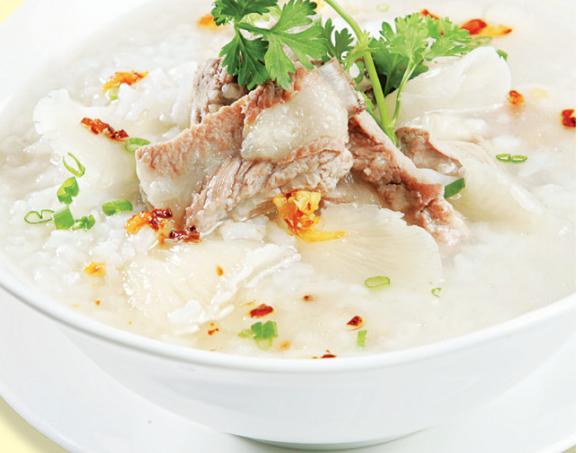 Cháo sườn là món ăn rất ngon, dễ chế biến.