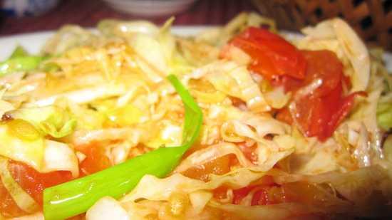Tính lợi tiểu từ bắp cải giúp cơ thể loại bỏ chất độc dư thừa qua nước tiểu.