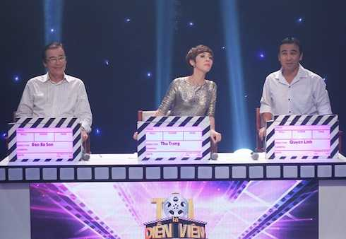 Ba giám khảo của chương trình: NSND Đào Bá Sơn, diễn viên hài Thu Trang, MC - diễn viên Quyền Linh.