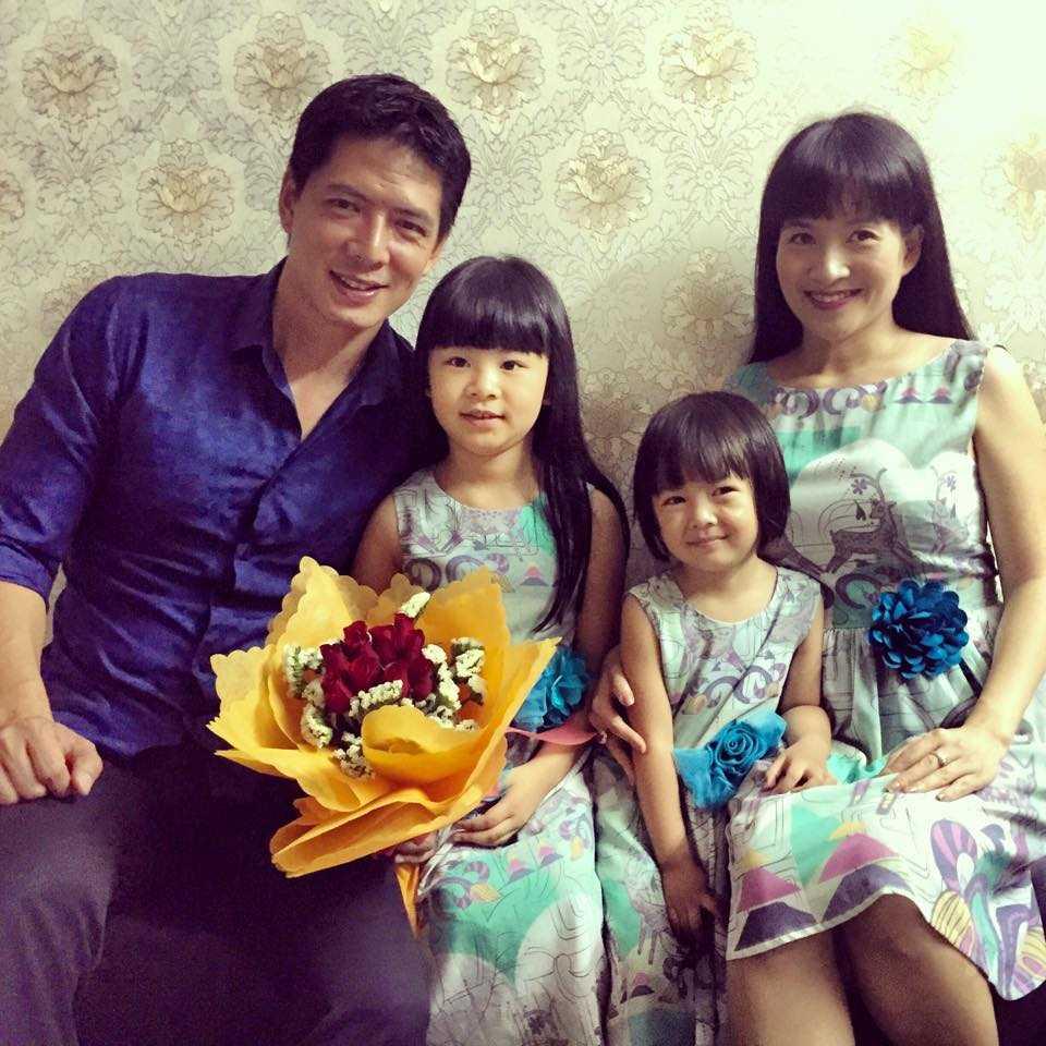 Hai bé gái kháu khỉnh là minh chứng cho tổ ấm hạnh phúc của Bình Minh và Anh Thơ.