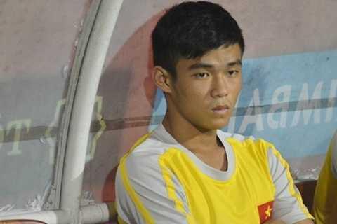 Tiền vệ Thái Sung không được các HLV đánh giá cao khi về nước thi đấu. Anh chỉ có kỹ thuật cá nhân, yếu về thể hình và khả năng phối hợp với các đồng đội