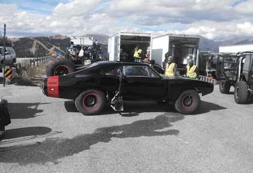 Chiếc Dodge Charger được nhân vật Dom sử dụng trong Fast & Furious 7