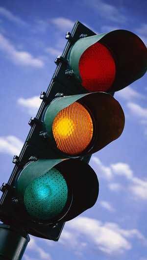 Sắp tới tại TP.HCM sẽ có đèn tín hiệu giao thông phát ra âm thanh. Ảnh minh họa