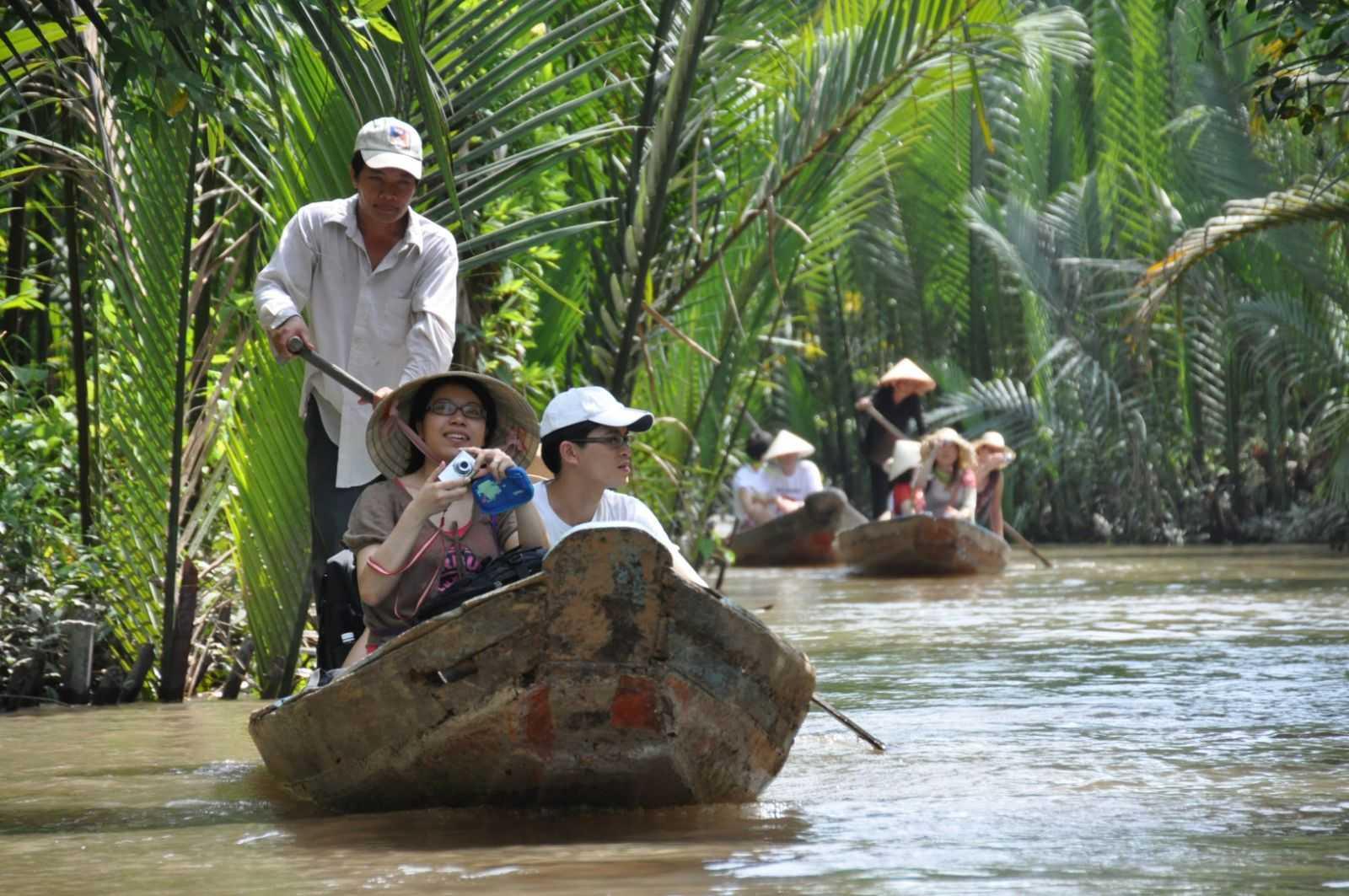 Miền Tây sông nước và những con đò lênh đênh trên những kênh rạch