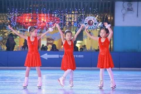 Lớp học trượt băng – Nơi nuôi dưỡng đam mê nghệ thuật cho bé