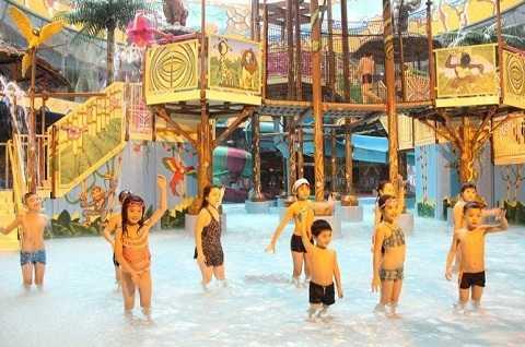 Lớp học bơi – một kỹ năng vô cùng thiết yếu và quan trọng dành cho bé