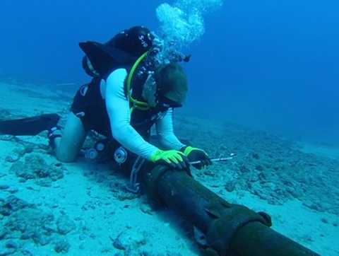 Kiểm tra cáp quan biển (ảnh chỉ minh họa)