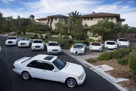 Bộ sưu tập xe màu trắng