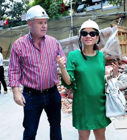 Vợ chồng Thu Minh mua nhà sang bạc tỷ để chào đón con trai đầu lòng.