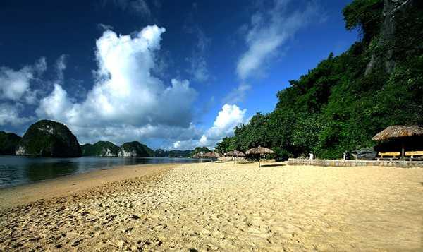 Bãi tắm Ti-tốp, đảo Ti-tốp, Vịnh Hạ Long
