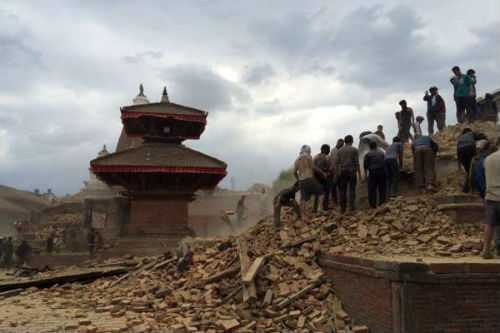 Thành cổ Patan còn tấp nập du khách vào chiều 24/4 nhưng trở nên hoang tàn sau trận động đất ngày 25/4. Ảnh: Lê Kim Chi