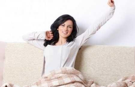 Vươn vai ngay sau thức dậylà một hành động có ích cho sức khỏe