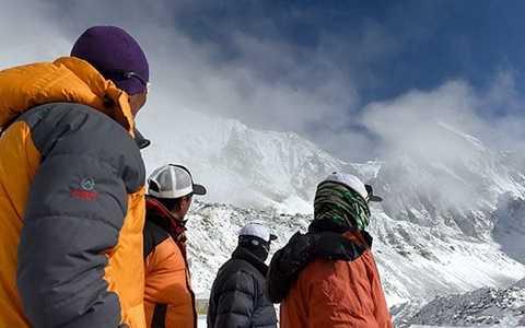 Vẫn còn 150 nhà leo núi mắc kẹt trên khu trại ở Nepal - Ảnh minh họa