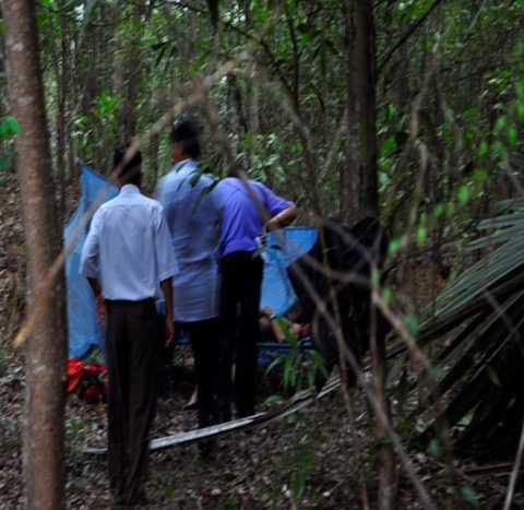 Nạn nhân nghi bị sát hại trong vườn nhà.