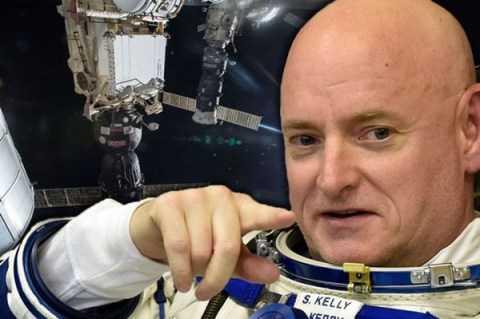 Nhà phi hành vũ trụ Scott Kelly của Cơ quan hàng không Vũ trụ Mỹ (NASA)
