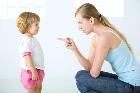 Việc thưởng hoặc phạt con nhỏ cần phải tuân theo những quy tắc nhất định