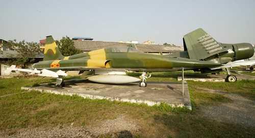F-5 của Không quân Việt Nam trong Bảo tàng Phòng không-Không quân.