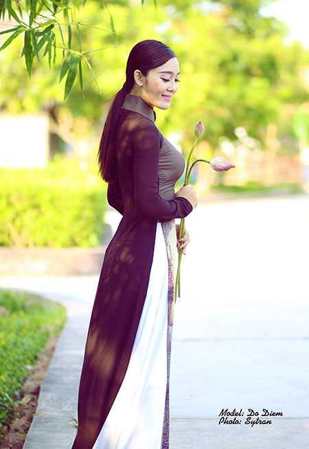 Bộ ảnh cô gái đã thu hút người xem bởi vẻ đẹp đằm thắm, quyến rũ của người con gái Việt