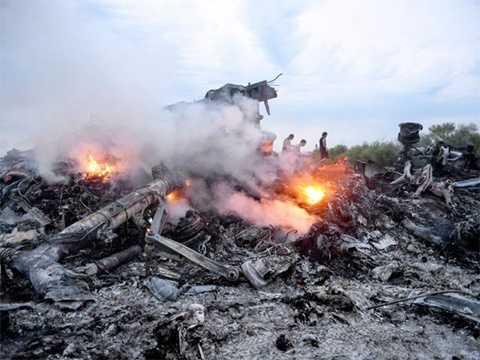 Mảnh vỡ MH17 tại Donetsk