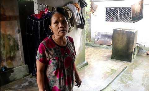 Bà Thái kể lại vụ mất chó khi đang xích sau nhà