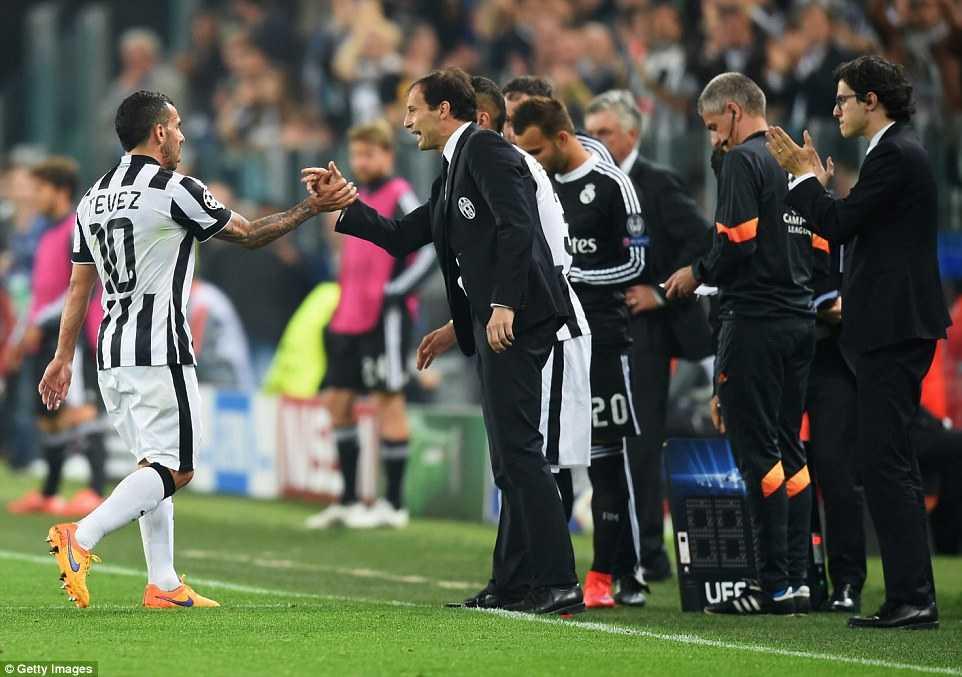 Allegri và Tevez hợp sức giúp Juve chiến thắng
