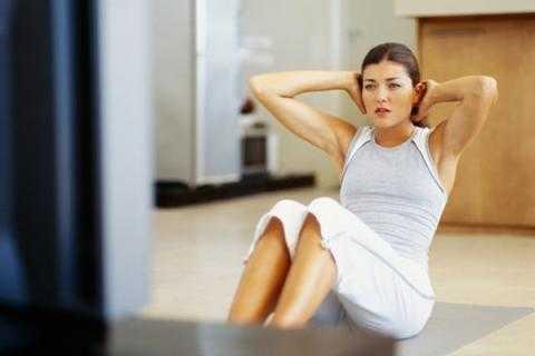 Tập luyện giúp giảm mỡ bụng nhanh chóng.