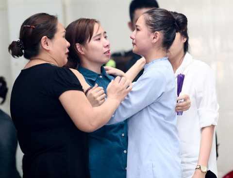 Khi phát hiện ra mình mắc bệnh, Duy Nhân nhiều lần đuổi Kiều Oanh về nhà mẹ đẻ, nhưng cô gái biết, mình phải là chỗ dựa cho chồng, để anh khỏi gục ngã.