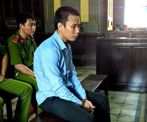 Bị cáo Thạch được mẹ bị hại xin giảm án từ tử hình xuống chung thân: Ảnh: H. D.