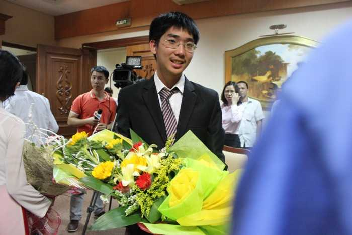 Vũ Thanh Trung Nam, học sinh lớp 12, trường THPT chuyên Hà Nội – Amsterdam (Hà Nội) đạt Huy chương Vàng
