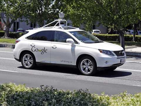 Một chiếc tự lái xe Google-Lexus tại sự kiện Google năm 2014