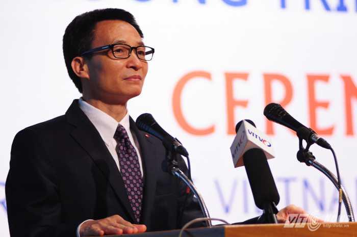 Phó Thủ tướng Vũ Đức Đam phát biểu tại lễ kỷ niệm 20 năm chương trình Cao học Việt - Bỉ - Ảnh: Tùng Đinh
