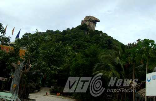Núi Ông Két, nơi Bảy Đởm bị chiến sĩ cộng sản bắn chết