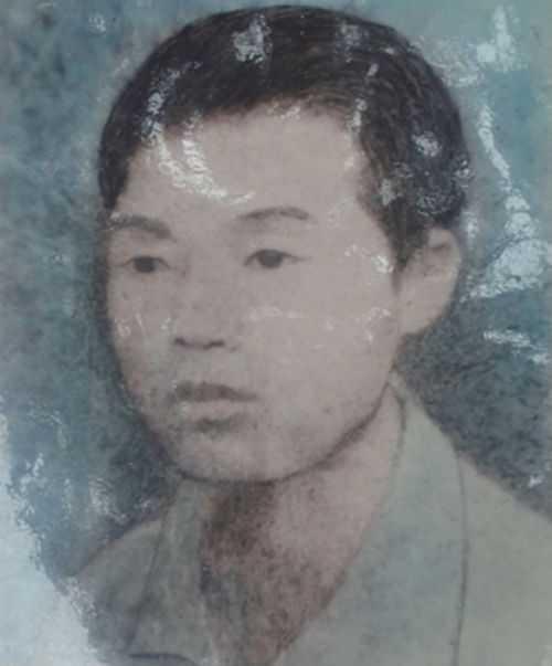 Ông Cao Xuân Tước - ảnh chụp trước khi lên đường nhập ngũ. Ảnh:Kiến Nghĩa chụp lại