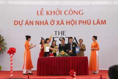 Lễ ký kết giữa Chủ đầu tư và Ngân hàng Vietinbank hỗ trợ khách hàng vay vốn gói 30.000 tỷ đồng