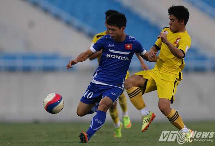 Công Phượng vẫn chơi tốt ở đội U23 nhưng còn khoảng cách với ĐTQG