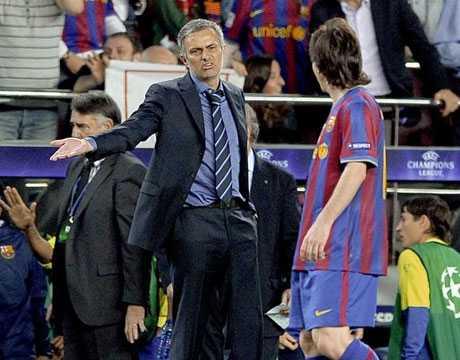 Mourinho ám chỉ Messi nên tới một giải đấu khắc nghiệt hơn La Liga