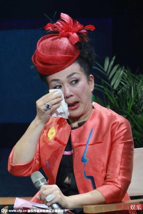 Phùng Bửu Bửu trầm cảm nhiều năm liền. Bà khóc trong buổi trò chuyện gần đây.