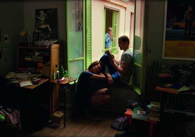 Toàn bộ Love là sự hồi tưởng về mối quan hệ với cô bạn gái cũ Electra của Murphy.