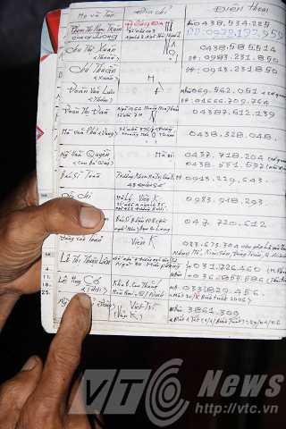 Ông Đãng vẫn giữ danh sách những người cùng phòng xạ trị 10 năm trước. Hiện tại mỗi ông còn sống sót