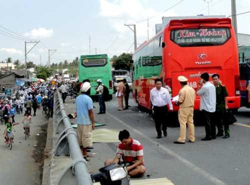 Hiện trường vụ tai nạn ở Trà Vinh