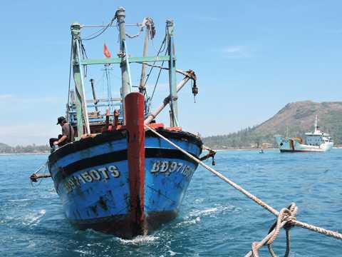 Cùng hy vọng chiếc tàu sẽ sớm vươn khơi trở lại