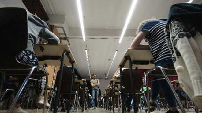 Mỹ vừa truy tố 15 người Trung Quốc vì tội gian lận trong kỳ thi tuyển sinh đại học. Ảnh: AFP.