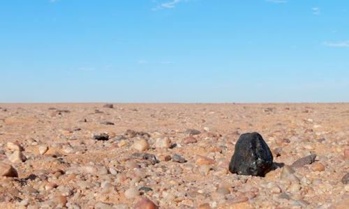 Các hạt kim cương trong không gian. Ảnh: NASA.
