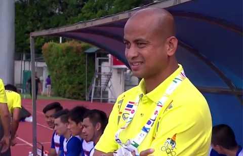HLV Promrut của U23 Thái Lan