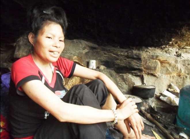 Chị La Thị Vui - người đàn bà sống như người rừng