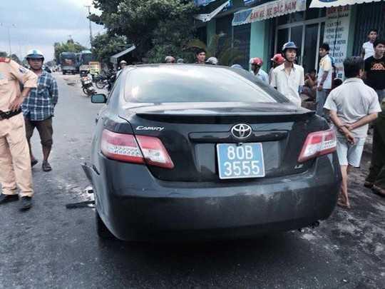 Sau tai nạn, tài xế điều khiển xe camry rời khỏi hiện trường Ảnh: Thành Tài.