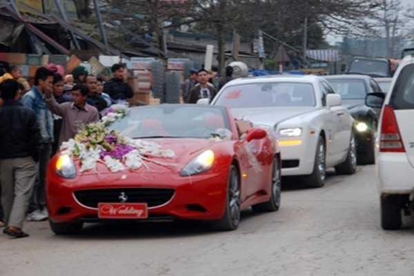 Dàn siêu xe đi rước dâu trong đám cưới con trai nữ đại gia Liễu Hà Tĩnh