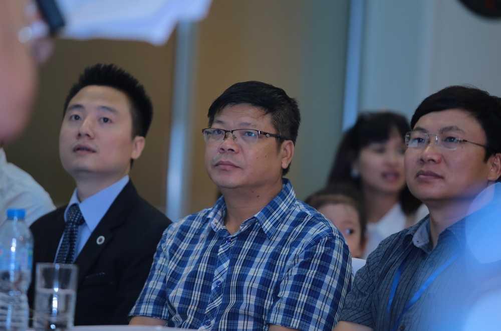 Chuyên gia tâm lý Đinh Đoàn cũng là thành viên ban giám khảo