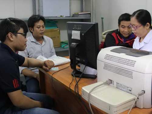 2 PV Vĩnh Phú, Linh Hoàng tại Trung tâm giám định pháp y TP.HCM sáng 15/6